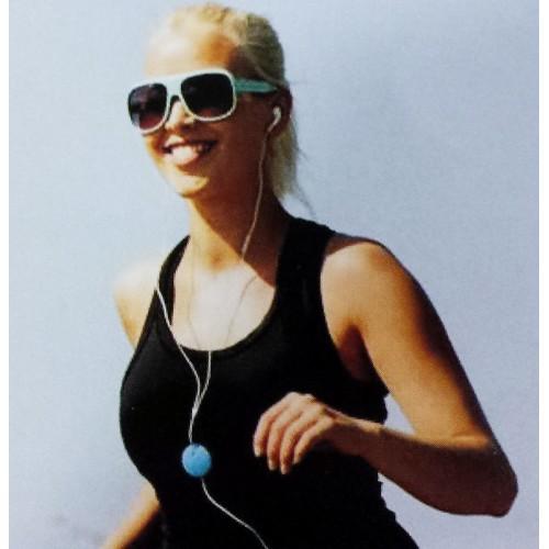magnetické uchycení kabelu sluchátek při běhu