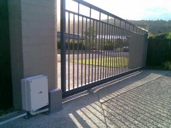 Dálkové ovládání brány a vrat MKF-GATE